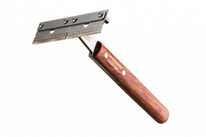 Trimm-King double wide, medium, wooden handle